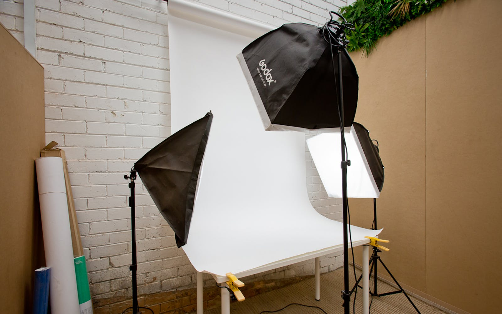 CLIK Collective Kensington - Photography Studio